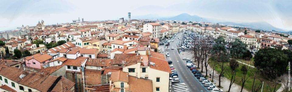 Veduta di Prato dal campanile di San Bartolomeo - Foto di Augusto Biagini