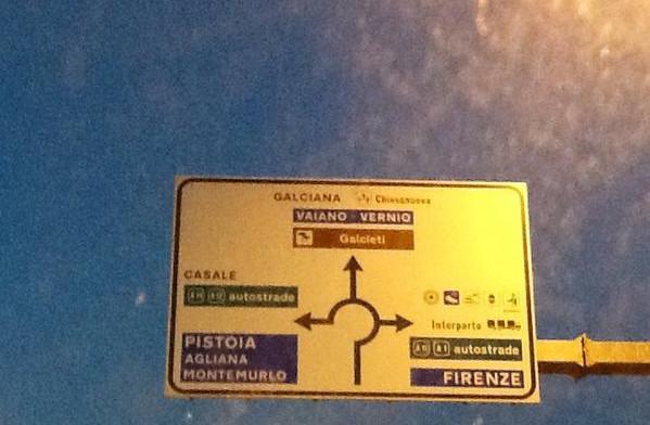 cartello-stradale-sbagliato_twitter_ritaglio