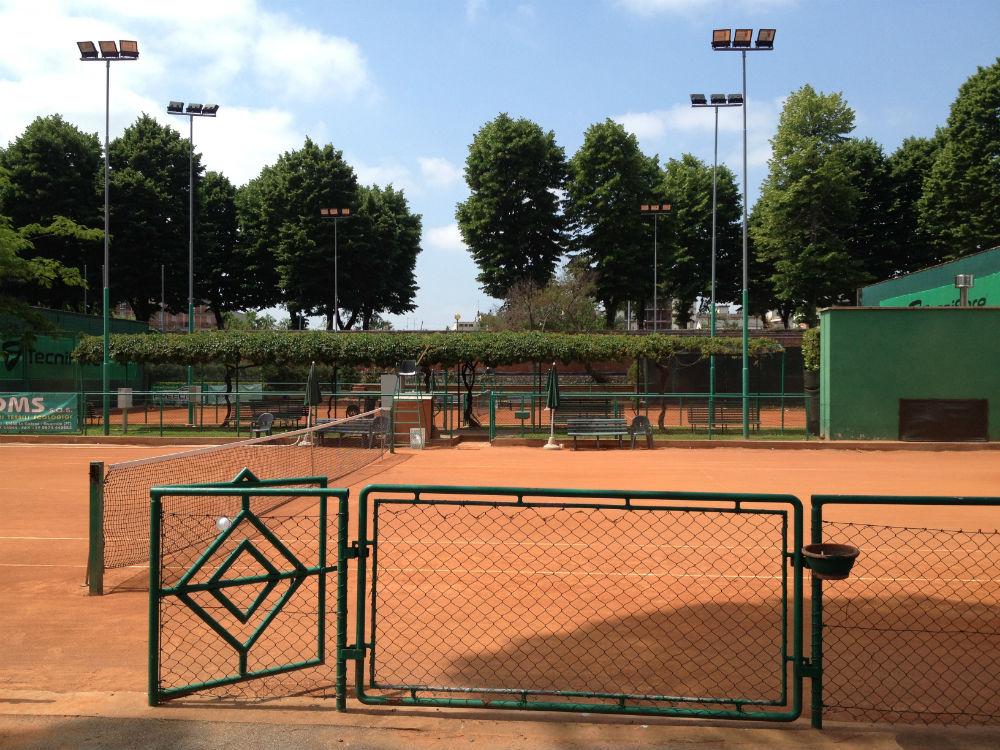 Prato un 39 estate al circolo tennis etruria pratosfera for Circolo bdr soggiorni estivi