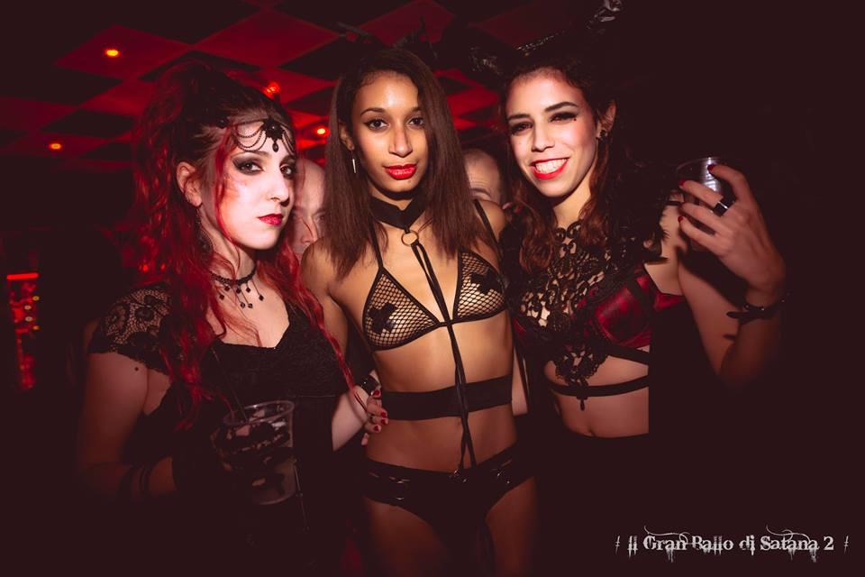 Un vero e proprio Sabba all'Exenzia Rock Club di Prato: la Nuit de Sade vi invita tutti a presenziare al Gran ballo di Satana.